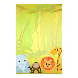 Es una fiesta de bienvenida al bebé de la selva papeleria
