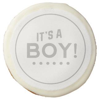 Es una galleta de azúcar del muchacho