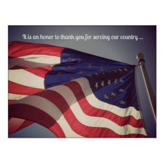 Es una postal del día de veteranos del honor…