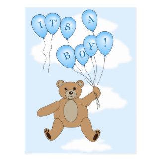 Es una postal del oso de peluche del muchacho
