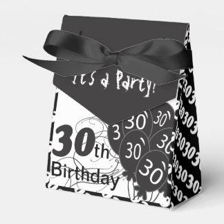 Es una trigésima fiesta de cumpleaños cajas para detalles de boda