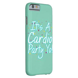 Es una turquesa cardiia de Yo- del fiesta Funda De iPhone 6 Barely There