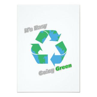 """Es verde tolerante recicla símbolo invitación 5"""" x 7"""""""