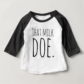 Esa gama de la leche playera de bebé