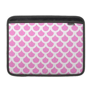 Escala de pescados rosada bonita 2 funda para macbook air