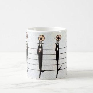 escala musical, del hombre a observar taza
