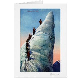 Escaladores de montaña que intentan ascender un Se Tarjeta De Felicitación
