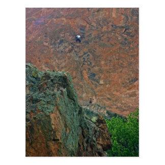 Escaladores de roca tarjetas postales