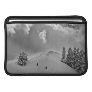 Escaladores del esquí de Backcountry en polvo Funda MacBook