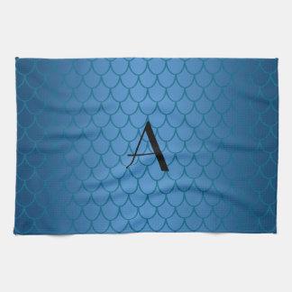 Escalas azules del dragón del monograma toallas