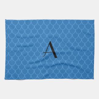 Escalas azules del dragón del monograma toalla de cocina