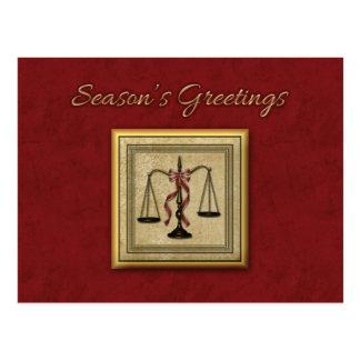 Escalas de la justicia, abogado, saludo del día de tarjeta postal