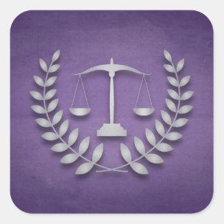 Escalas de la justicia de la práctica el | y calcomanías cuadradas personalizadas