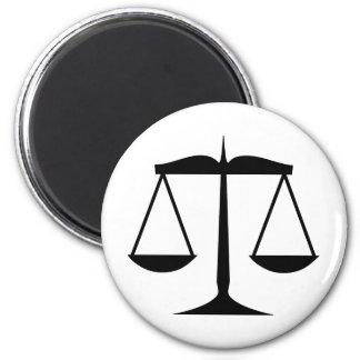 Escalas de la justicia (ley) imán redondo 5 cm