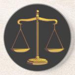 Escalas de la justicia - práctico de costa posavasos para bebidas