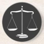 Escalas de la justicia - práctico de costa posavasos manualidades