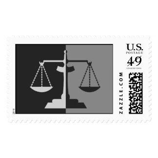 Escalas de la justicia sello
