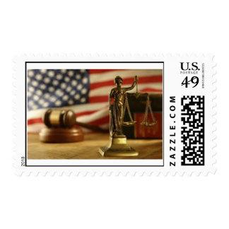 escalas de la justicia sello postal