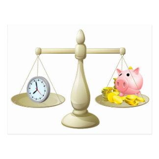 Escalas del dinero del tiempo postales