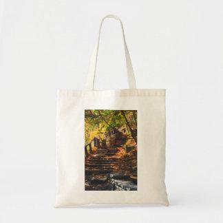 Escalera de piedra en bolso del otoño bolsa tela barata