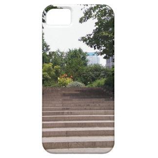 Escalera en el parque iPhone 5 funda