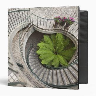 """Escalera espiral en el centro de Embarcadero Carpeta 1 1/2"""""""