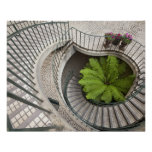 Escalera espiral en el centro de Embarcadero Póster