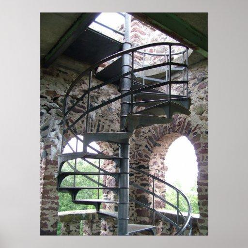 Escalera espiral en la torre de Seat del poeta en  Póster