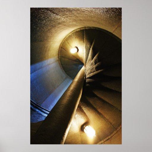 escalera espiral póster