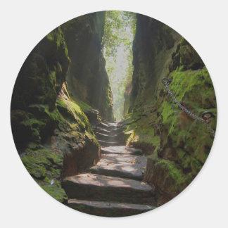 Escalera mística pegatina redonda