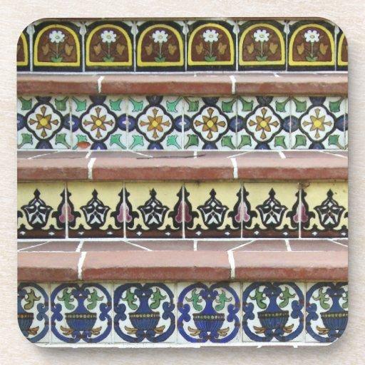 Escaleras de la teja del vintage posavaso