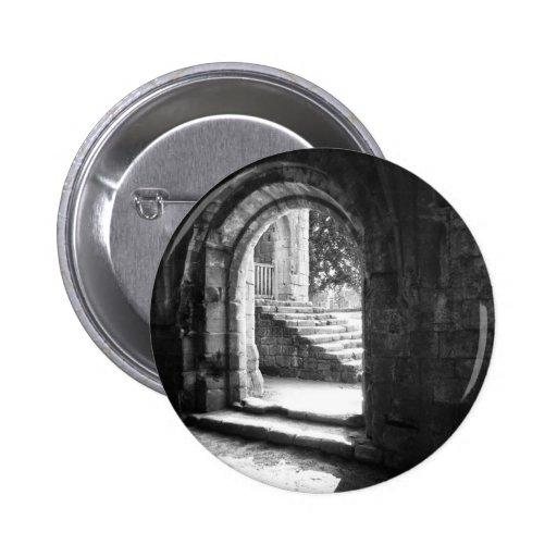 Escaleras de piedra en abadía de las fuentes pins