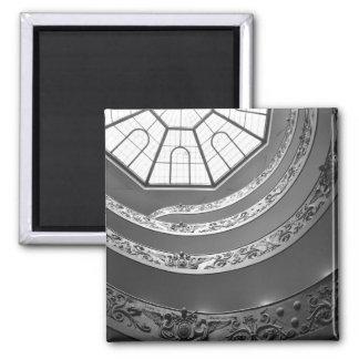 Escaleras de Vatican con el imán del tragaluz