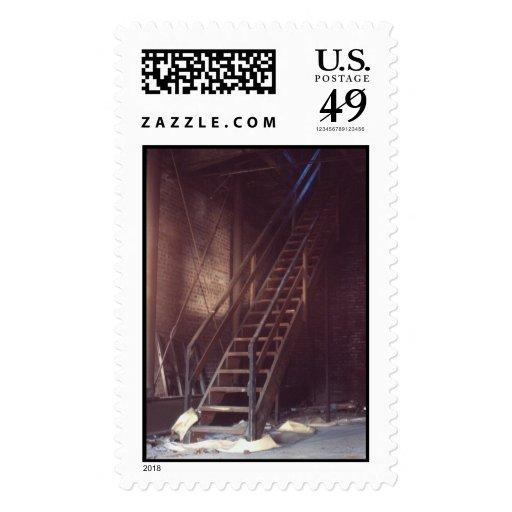Escaleras del acceso del tejado sello