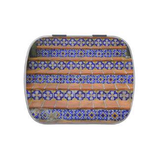 Escaleras del mosaico jarrones de caramelos