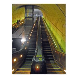 Escaleras móviles Arlington VA de la estación de m Tarjeta Postal