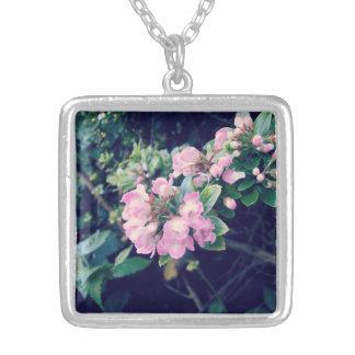 Escallonia rosado floral pendientes personalizados