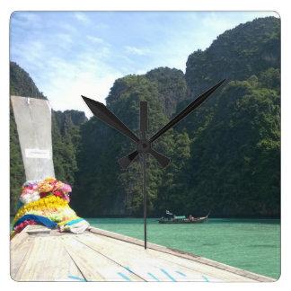 Escape del tiempo de Tailandia Reloj Cuadrado
