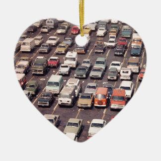 Escape el an o 80 del verano - aparcamiento adorno navideño de cerámica en forma de corazón