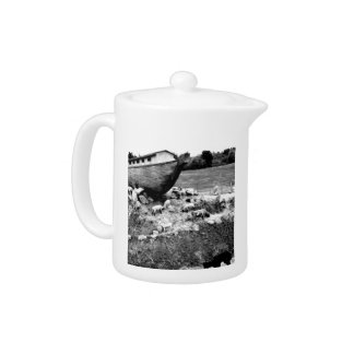 Escape from the Ark Teapot