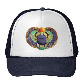 Escarabajo con alas de oro gorras