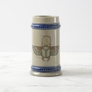 Escarabajo con alas egipcio jarra de cerveza