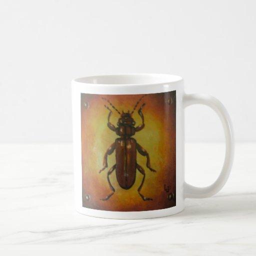Escarabajo de corteza plano taza