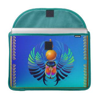Escarabajo- divino funda macbook pro