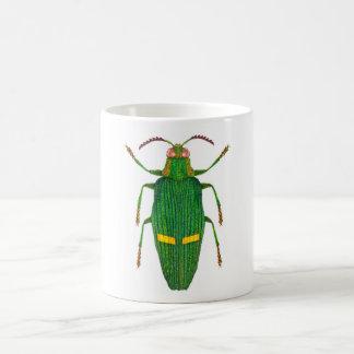 Escarabajo opulento de la joya taza clásica