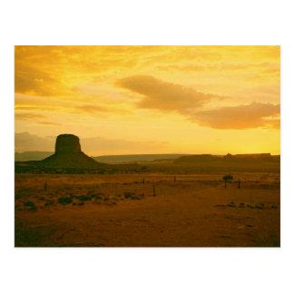 Escena 01 del valle del monumento tarjetas postales