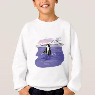escena ártica bonita de la orca remera