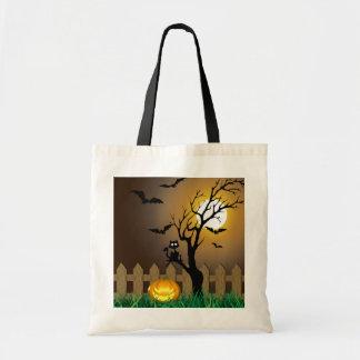 Escena asustadiza del jardín de Halloween - tote