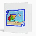 Escena colorida de la playa del océano, de Sun y d