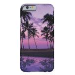 Escena colorida de palmeras en la puesta del sol funda de iPhone 6 barely there
